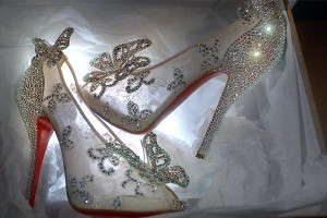 christian-louboutin-disney-cinderella-glass-slipper-reviled-01